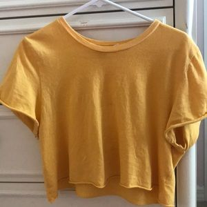 yellow pacsun cropped tee